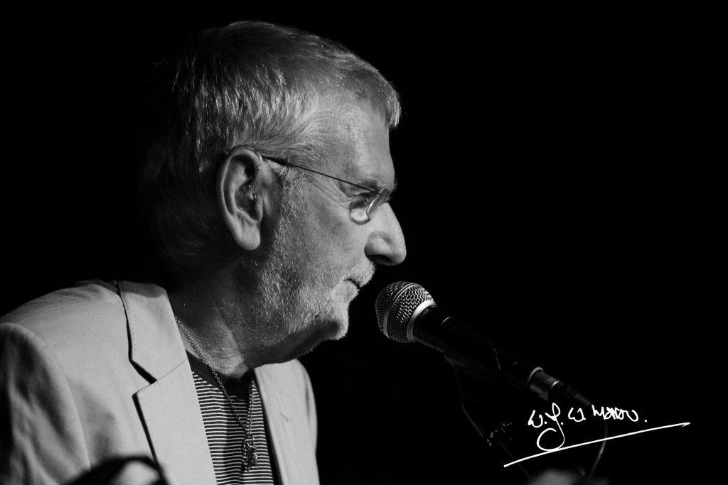 Robin Campbell at JazzUp